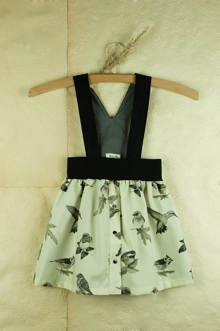 Mod.10.2 Bird print skirt with straps | AW017.18 Mod.10.2 Bird print skirt with straps